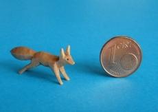 Eichhörnchen springend farbig